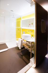 A bathroom at The Corner London City