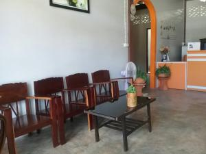 The lobby or reception area at Sawang Guesthouse