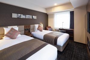 A room at HOTEL MYSTAYS Yokohama Kannai