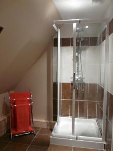 A bathroom at La Bergerie