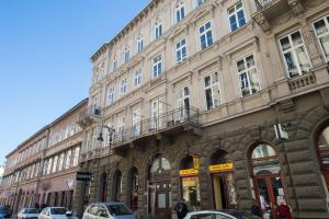 The facade or entrance of Budapest Center Residence