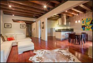 Area soggiorno di Porta Vittoria Apartment
