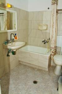 A bathroom at Santa Barbara