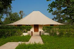 A patio or other outdoor area at The Oberoi Sukhvilas Spa Resort, New Chandigarh