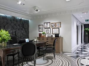 مطعم أو مكان آخر لتناول الطعام في Hotel Único Madrid, Small Luxury Hotels