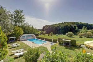 Der Swimmingpool an oder in der Nähe von Vitalhotel Krainz