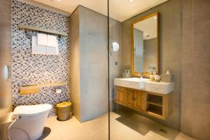 A bathroom at Tijili Seminyak