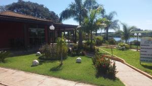 Um jardim em Canto Verde Hotel