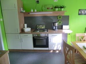 Küche/Küchenzeile in der Unterkunft Ferienwohnung Lange