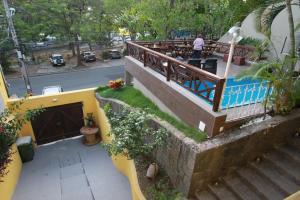 A balcony or terrace at Hangar Rio Hostel