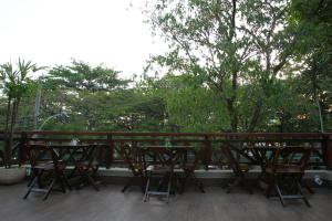 A porch or other outdoor area at Hangar Rio Hostel