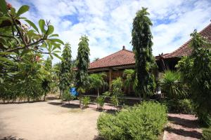 A porch or other outdoor area at Jepun Bali Bungalow