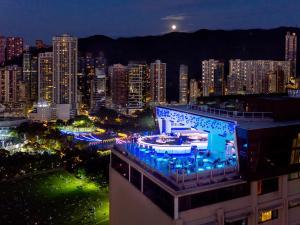 Een algemene foto van Hong Kong of een uitzicht op de stad vanuit het hotel