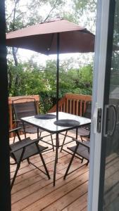 A porch or other outdoor area at Maison de ville confort
