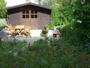 Ein Patio oder anderer Außenbereich in der Unterkunft Ferienwohnung Bella