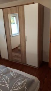 Ein Bett oder Betten in einem Zimmer der Unterkunft A&M Wohnen2