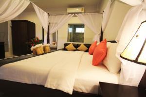 A room at Phutara Lanta Resort - Koh Lanta