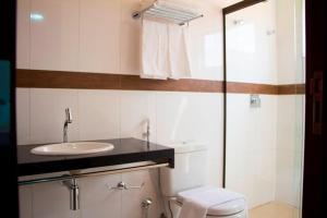 Um banheiro em Lis Hotel