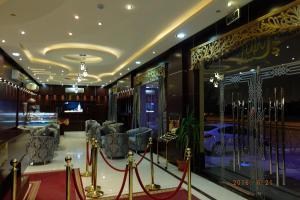 O lounge ou bar de Talin Star Suites 2