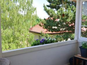 Ein Balkon oder eine Terrasse in der Unterkunft Modern holiday home in a listed villa with a view of Bad Suderode