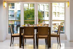 Εστιατόριο ή άλλο μέρος για φαγητό στο Αστόρια