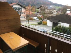 Ein Balkon oder eine Terrasse in der Unterkunft Ferienwohnung Brandl