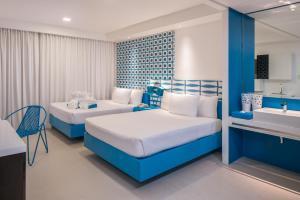 A room at Astoria Current