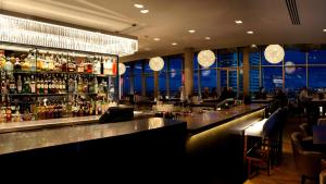 The lounge or bar area at DoubleTree by Hilton Leeds