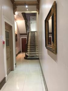 Hall ou réception de l'établissement Central London Budget Hotel