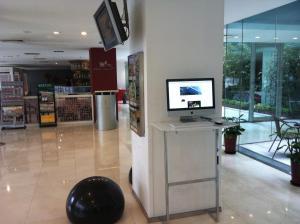 The lobby or reception area at Hotel Kapok - Forbidden City