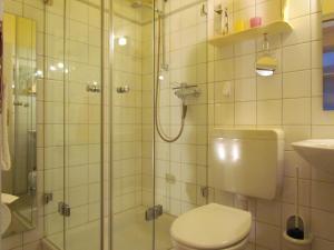Ein Badezimmer in der Unterkunft Apartements im Froschhaus