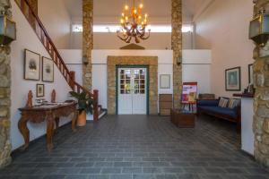 The lobby or reception area at Pousada do Príncipe