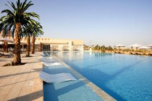 The swimming pool at or near Steigenberger Makadi (Adults Only)