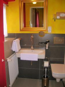 A bathroom at Casa Andelka