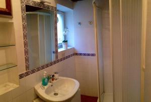 A bathroom at Palline
