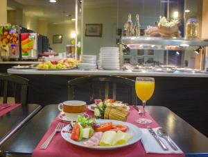Breakfast options available to guests at 4Dreams Hotel Chimisay