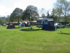 Ein Garten an der Unterkunft Camping Sella
