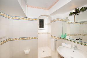 Bagno di Casa Valentina