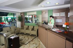 The lobby or reception area at Príncipe Hotel