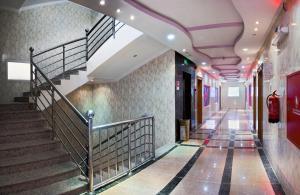 O saguão ou recepção de Al Farhan Suites Ishbillia