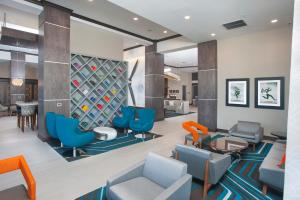 A seating area at Hampton Inn & Suites LAX El Segundo