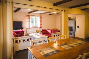 A seating area at Karu Holiday Home