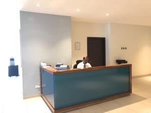 O saguão ou recepção de Al Diafah Apartments Olaya