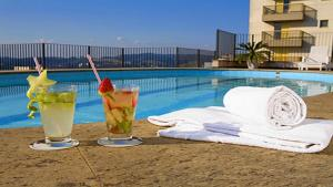 The swimming pool at or near Sol Alphaville Hotel & Residence