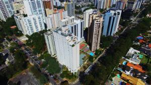 A bird's-eye view of Quality Suites Alphaville