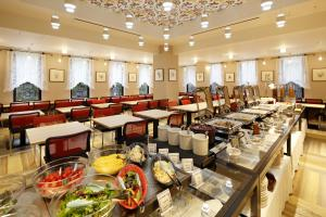 A restaurant or other place to eat at Hotel Monte Hermana Kobe Amalie