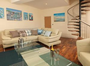 A seating area at Courtyard Mews, 3 Rodley Hall, Leeds