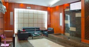 O saguão ou recepção de Al Farhan Hotel Suites
