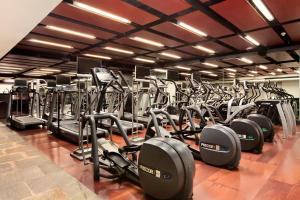 The fitness center and/or fitness facilities at Hilton Mexico City Reforma