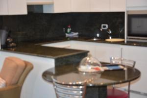 Een keuken of kitchenette bij PS Orion
